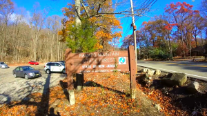 ramapo mountain state forest castle point trail - parking lot