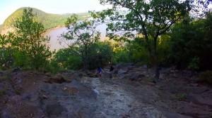 breakneck-ridge-trail-011-steep-ascend