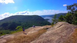 breakneck-ridge-trail-029-two-third-to-top