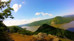 breakneck-ridge-trail-032-almost-to-the-top